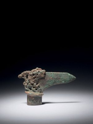 Bronze ceremonial dagger-axe, ge