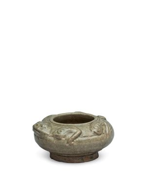Yue stoneware water pot of frog form