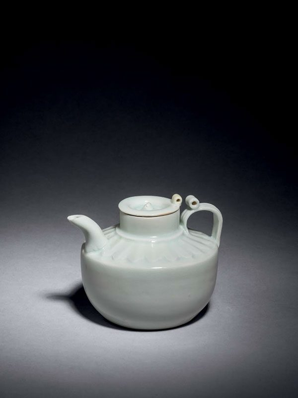 Qingbai porcelain covered ewer
