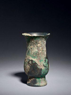 Bronze wine beaker, zhi