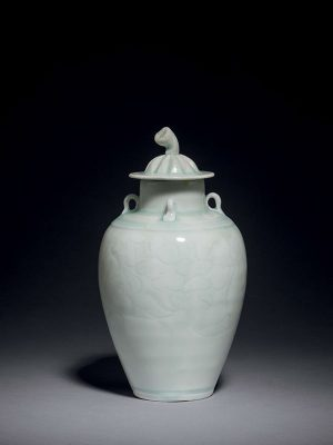 Qingbai porcelain covered vase