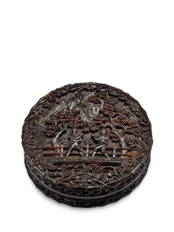 Tortoiseshell box