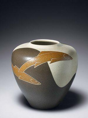 Porcelain vase by Miyanohara Ken