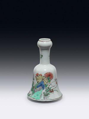 Famille verte bell-shaped porcelain vase