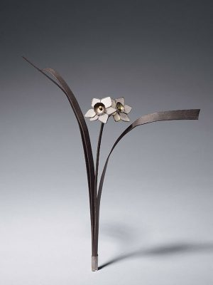Bronze and glass okimono of a flower by Imaoji Nagamitsu