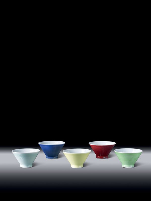 Five coloured porcelain bowls by Matsubayashi Hosai