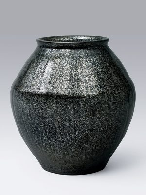 Ceramic storage jar, tsubo, with 'oil spot' glaze