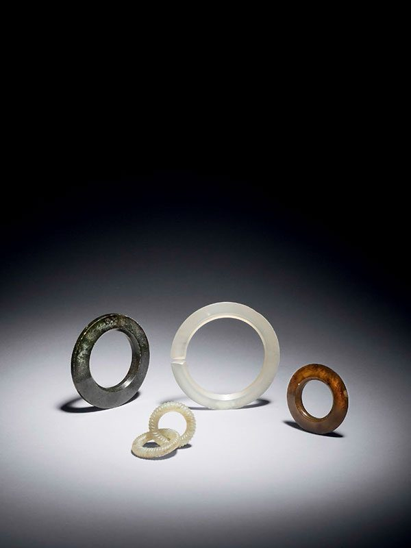 Four hardstone discs