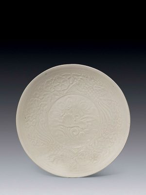 Ding-type porcelain moulded shallow bowl