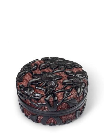 Black and red lacquer circular box with camellia flowers