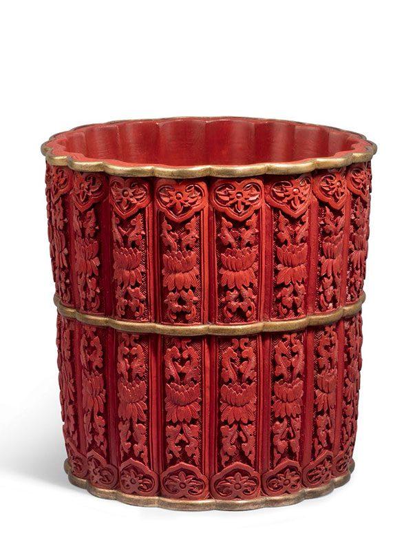 Lacquer flowerpot