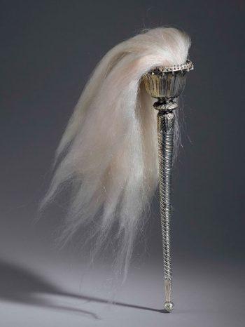 Silver flywhisk (Chauri)