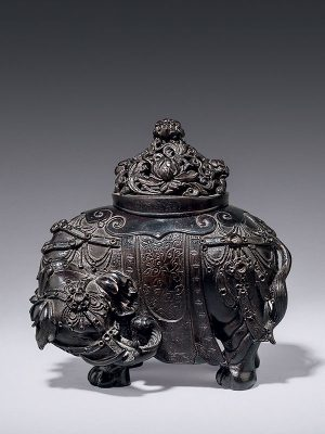 Bronze incense burner in the form of an elephant