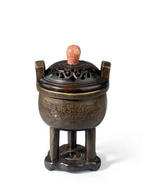 Silver inlaid bronze censer of <em>ding</em> form