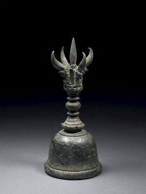 Bronze <em>vajraghanta</em> hand bell