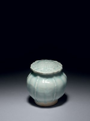 Qingbai porcelain covered jar