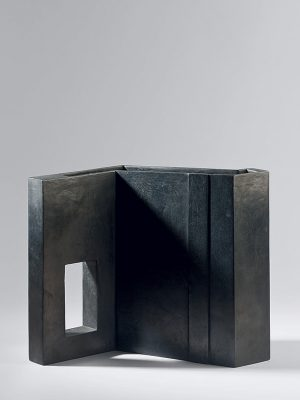 Bronze vase by Yoneda Bisho (1929 – 2008)