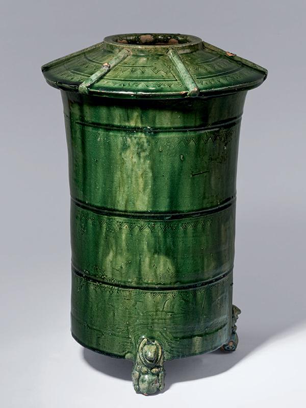Pottery granary jar