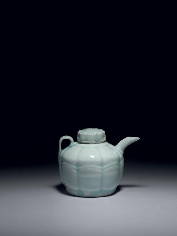 Qingbai porcelain covered ewer