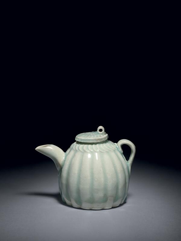 Qingbai porcelain water dropper