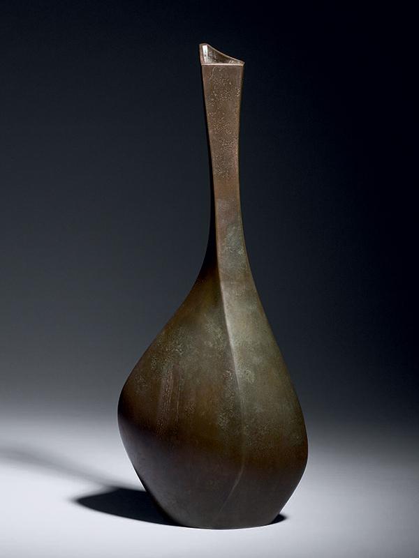 Bronze bottle vase by Shokichi