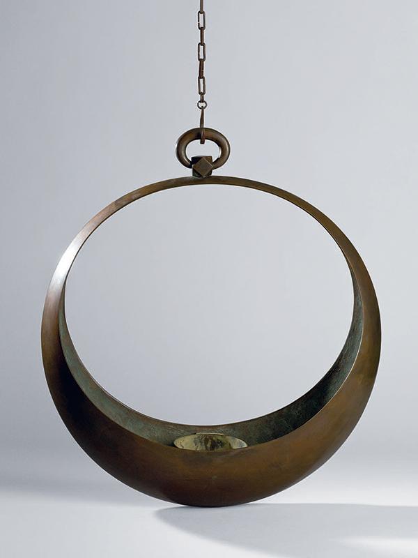 Bronze moon-shape ikebana hanging basket