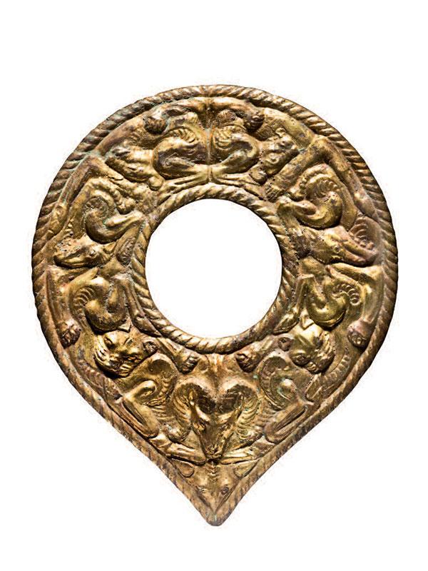 Giltbronze harness ornament