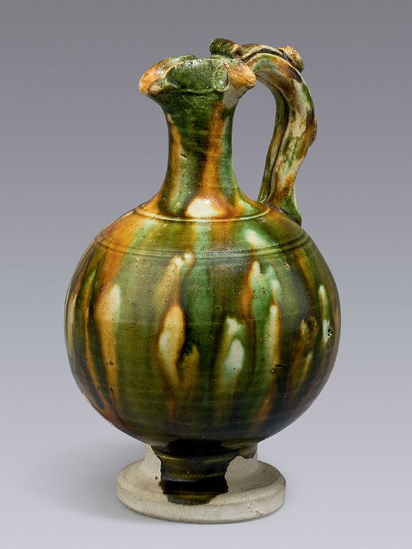 Pottery <em>sancai</em> miniature ewer