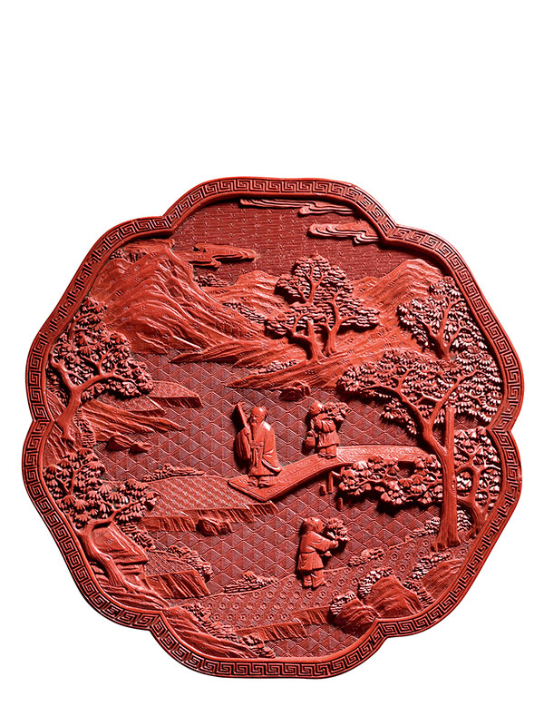 Lacquer box of six-lobed form