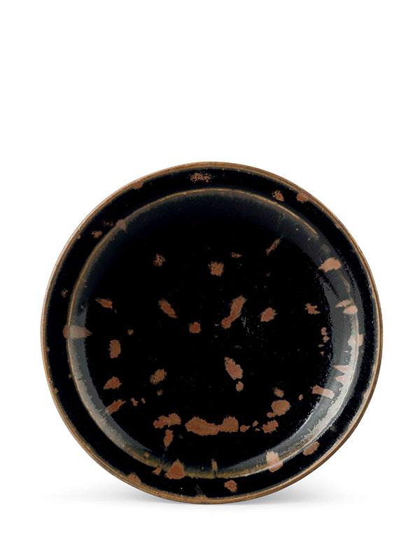 Cizhou-type stoneware dish with partridge-feather motif