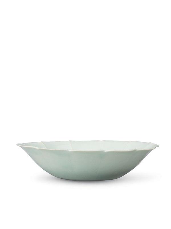 <em>Qingbai</em> porcelain saucer
