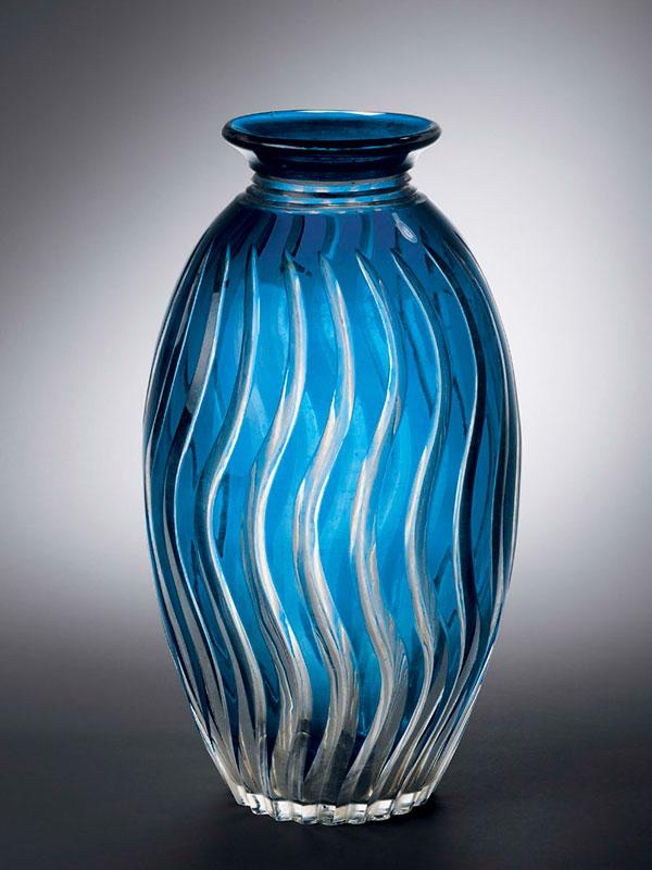 Blue and clear glass 'Edo kiriko' vase