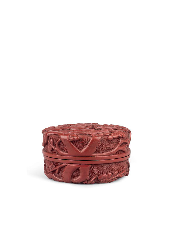 Lacquer circular box with plum blossoms
