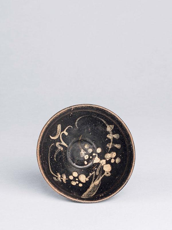 Stoneware tea bowl of jizhou type