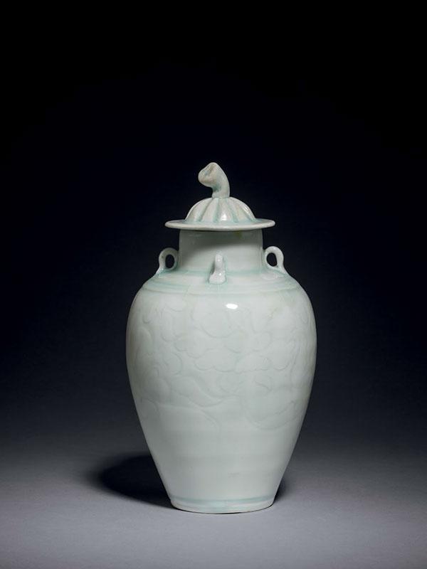 Qingbai porcelain covered vase