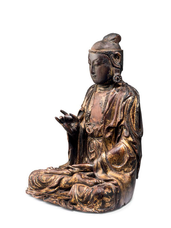Lacquered and gilded wood figure of Guanyin