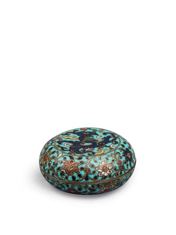 Cloisonné enamel box and cover