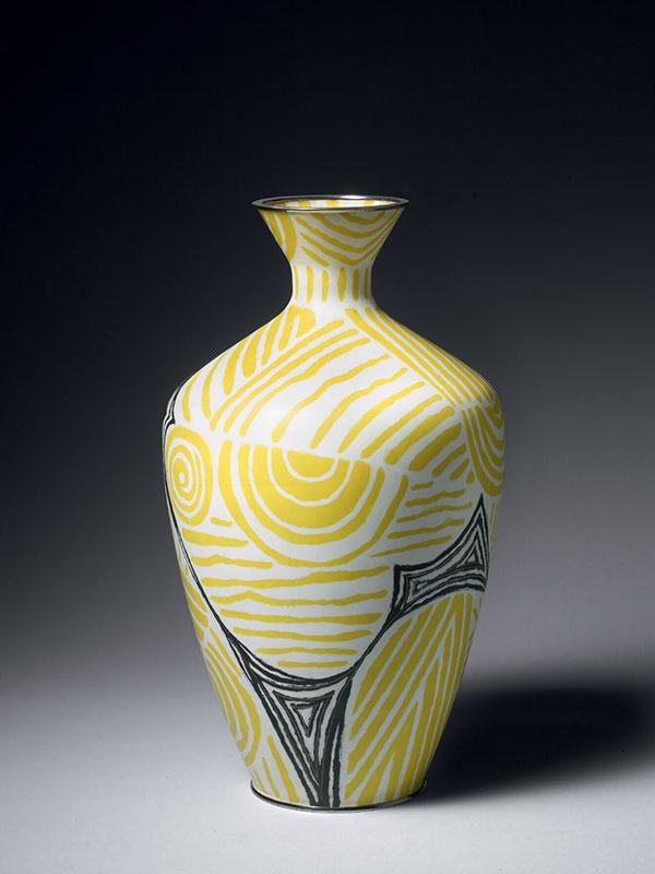 Cloisonné enamel vase, Daikichi workshop