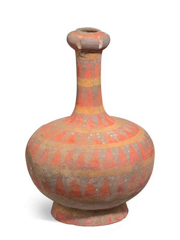 Painted pottery 'garlic head' vase