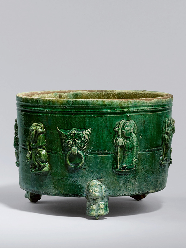 Pottery tripod jar