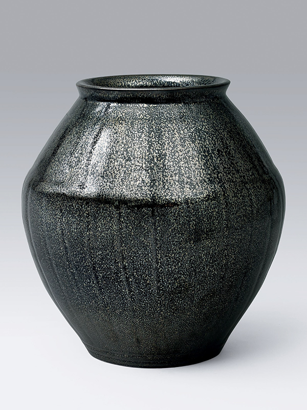 Ceramic storage jar, tsubo, with 'oil spot' glaze