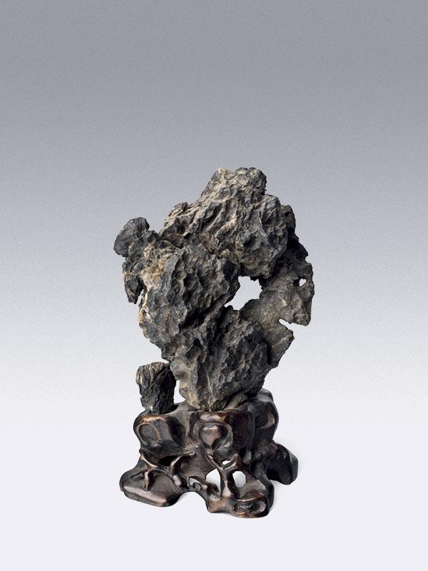 Miniature lingbi scholar's rock