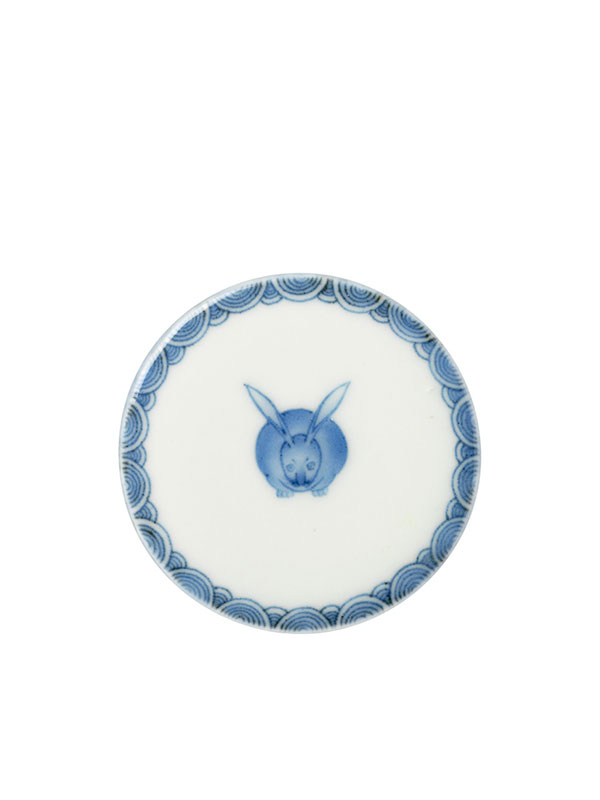 Blue and white Koransha porcelain box with hare