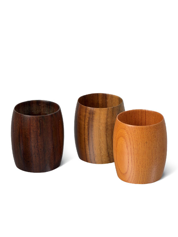 Five wooden cups by Aomine Shigemichi I
