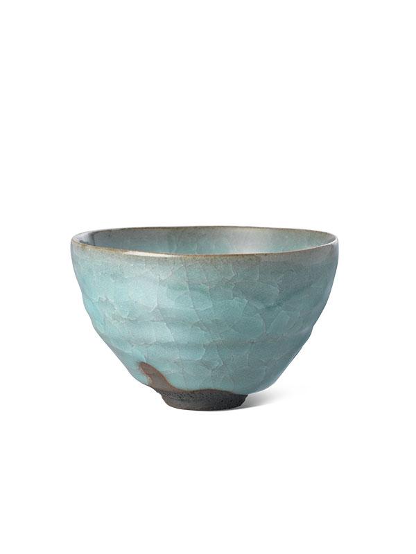 Porcelain tea bowl with a crazed celadon glaze, chawan